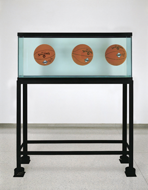 Three Ball Total Equilibrium Tank (Dr. J Silver Series), 1985